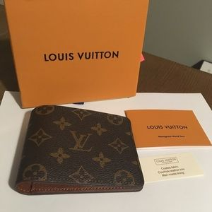 Other - Louis Vuitton men's wallet monogram